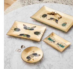 jewelry boxes & trays