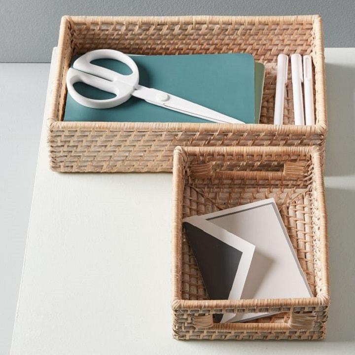 desk-organization-tips