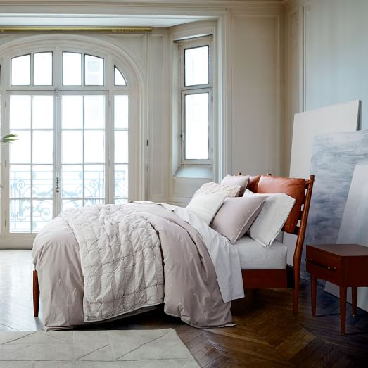 Arne Bed Leather Cushions