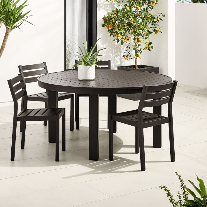 Cucina Letters Kitchen Decor, Portside Aluminum Outdoor 58 Round Dining Table 6 Dining Chairs Set