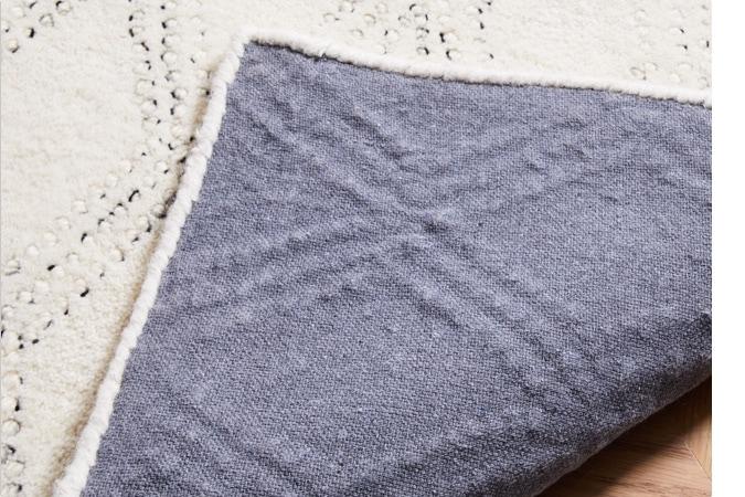 tufted / handloomed rugs