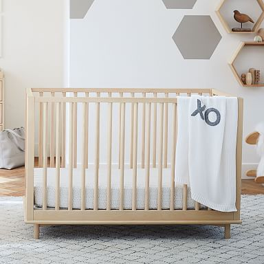 Nash Convertible Crib - Natural