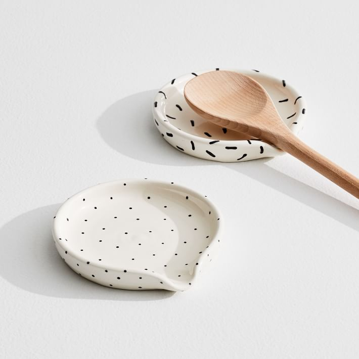 A Mano Patterned Spoon Rest